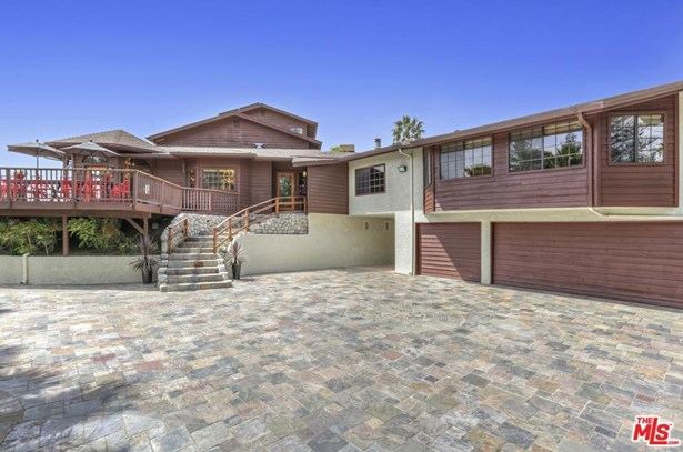 Contemporary, Single Family - Calabasas, CA (photo 1)