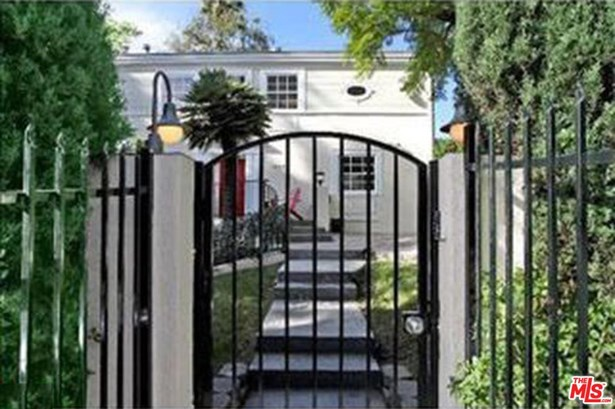 Traditional, Single Family - West Hollywood, CA (photo 1)