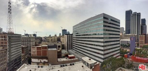 Condominium, Architectural,High or Mid-Rise Condo - Los Angeles (City), CA (photo 4)