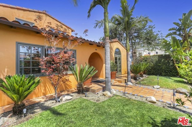 Spanish, Single Family - Los Angeles (City), CA (photo 5)