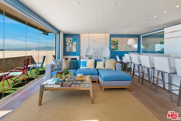 Condominium, Modern - Marina Del Rey, CA (photo 2)