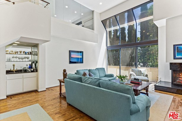 Townhouse, Contemporary - Los Angeles (City), CA (photo 3)