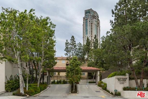 Condominium, Hacienda,Low Rise - Los Angeles (City), CA (photo 2)