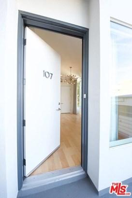 Condominium, Modern - West Hollywood, CA (photo 2)
