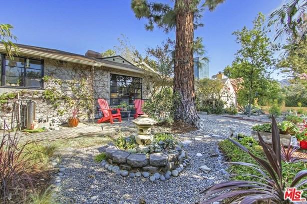 Bungalow, Single Family - Studio City, CA (photo 5)