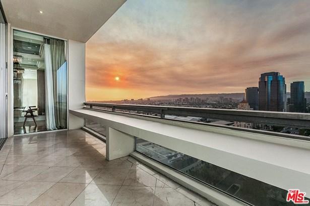 Condominium, Penthouse - Los Angeles (City), CA (photo 3)