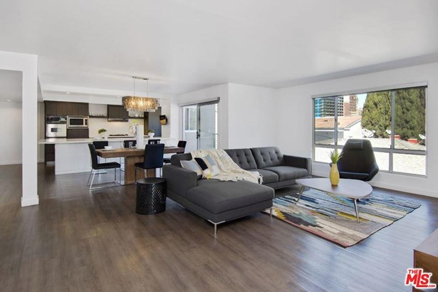 Condominium, Low Rise,Modern - Beverly Hills, CA (photo 4)