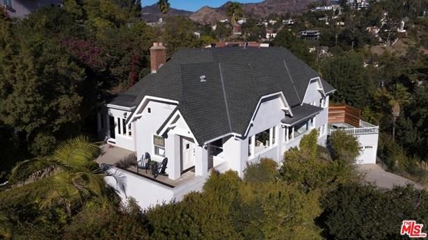 Tudor, Single Family - Los Angeles (City), CA (photo 2)