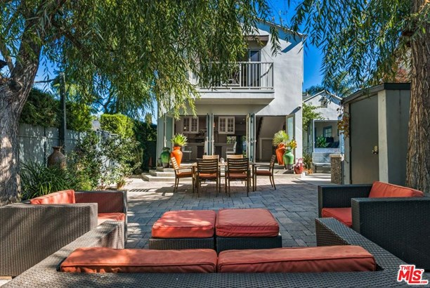 Traditional, Single Family - West Hollywood, CA