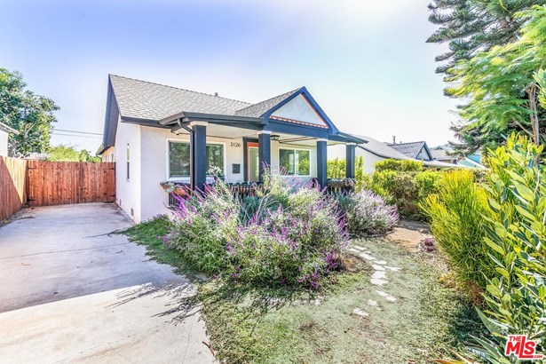 Residential Lease, California Bungalow - Los Angeles, CA