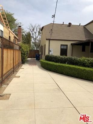English, Single Family - Los Angeles (City), CA (photo 2)