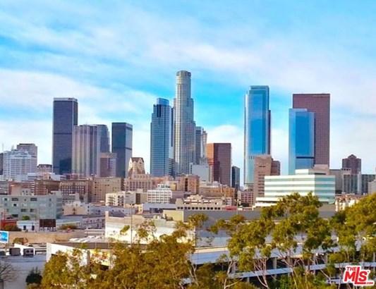 Architectural, Condominium - Los Angeles (City), CA (photo 5)