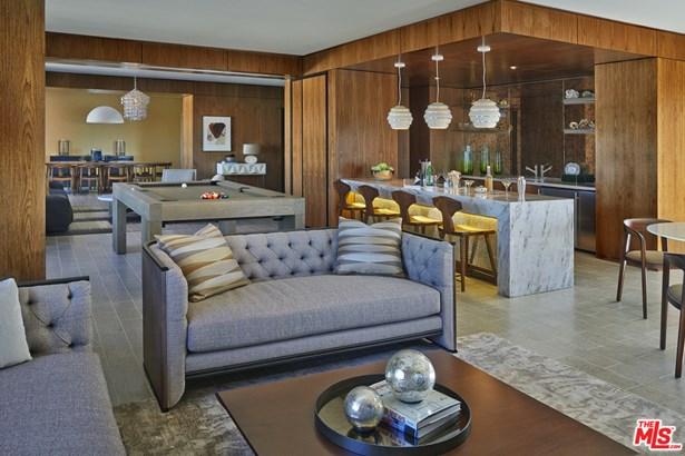 Contemporary, Apartment - LOS ANGELES, CA