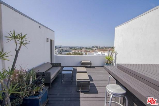 Condominium, Modern - West Hollywood, CA (photo 4)