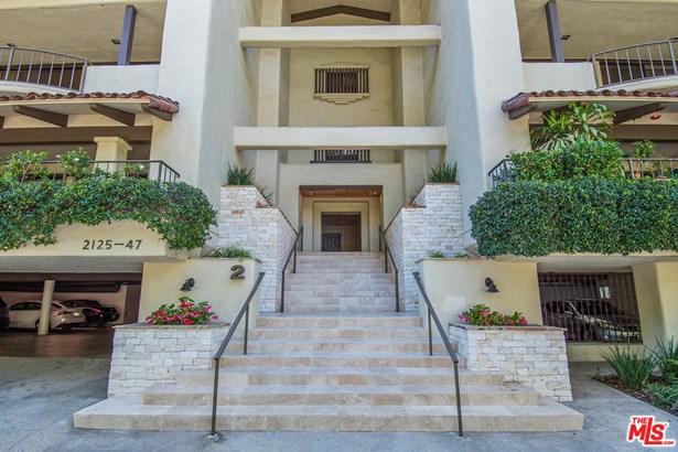 Condominium, Hacienda - Los Angeles (City), CA (photo 3)