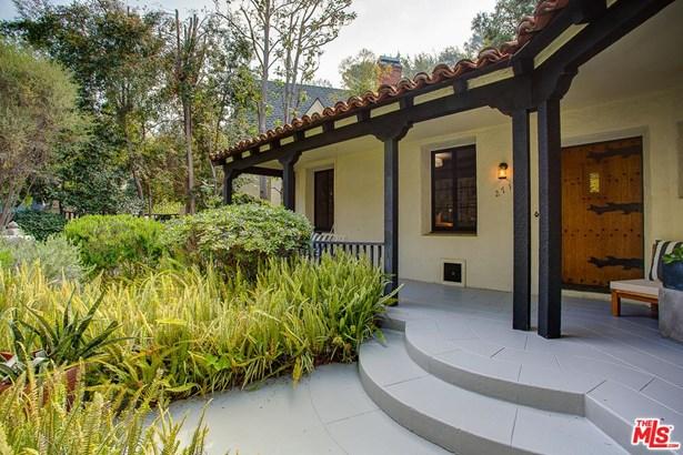 Hacienda, Single Family - Los Angeles (City), CA (photo 4)