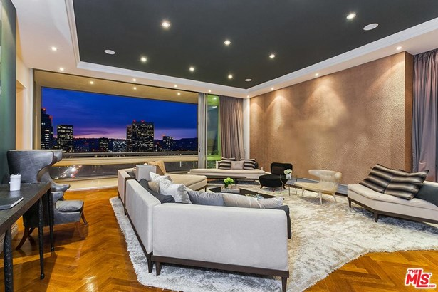 Condominium, Penthouse - Los Angeles (City), CA (photo 2)