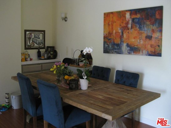 Condominium, Traditional - Studio City, CA (photo 5)