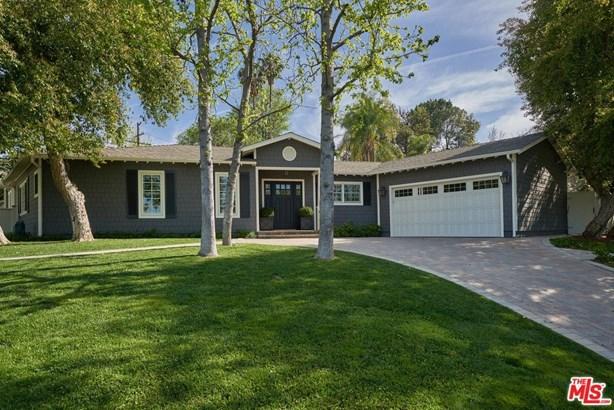 Cape Cod, Single Family - Woodland Hills, CA (photo 3)