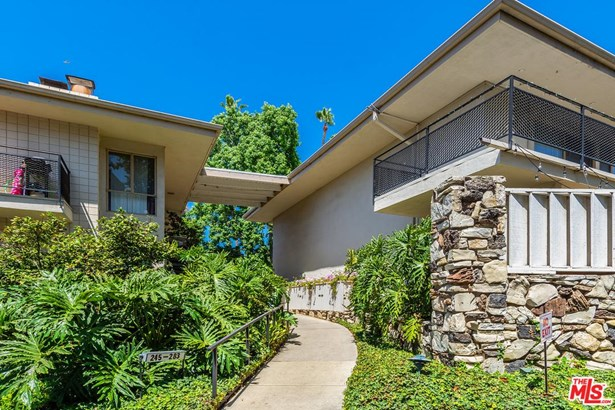 Condominium, Traditional - Los Angeles (City), CA (photo 4)