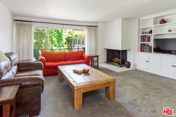 Condominium, Traditional - Los Angeles (City), CA (photo 5)