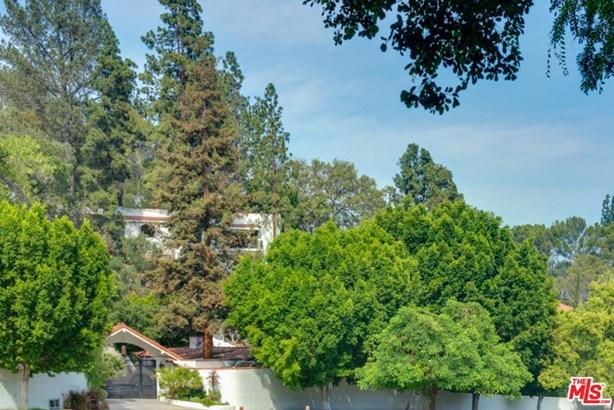 Mediterranean, Single Family - Los Angeles (City), CA (photo 2)