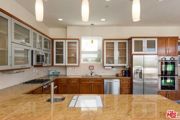 Architectural, Single Family - Los Angeles (City), CA (photo 4)