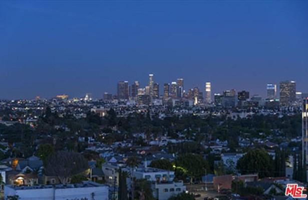 Condominium, High or Mid-Rise Condo,French - Los Angeles (City), CA (photo 3)