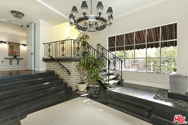 Condominium, Contemporary - Studio City, CA (photo 5)