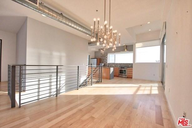 Architectural, Condominium - West Hollywood, CA (photo 5)