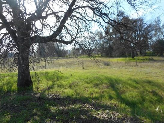 Acres - Redding, CA