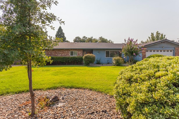 Ranch, Single Family - Redding, CA