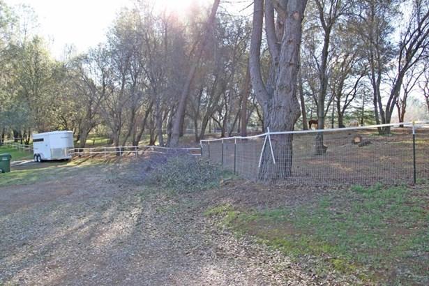 Acres - Redding, CA (photo 5)