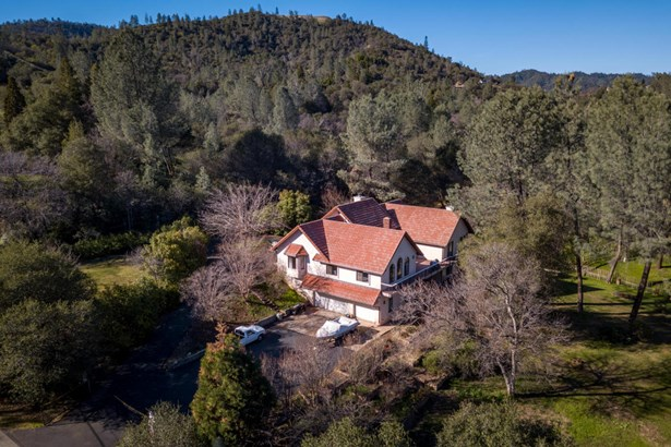 Spanish, Single Family - Redding, CA (photo 3)