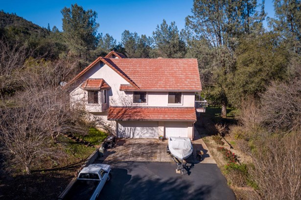 Spanish, Single Family - Redding, CA (photo 5)