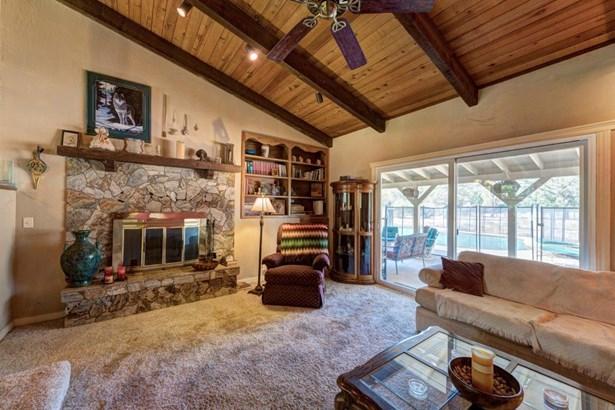 Ranch, Single Family - Redding, CA (photo 5)