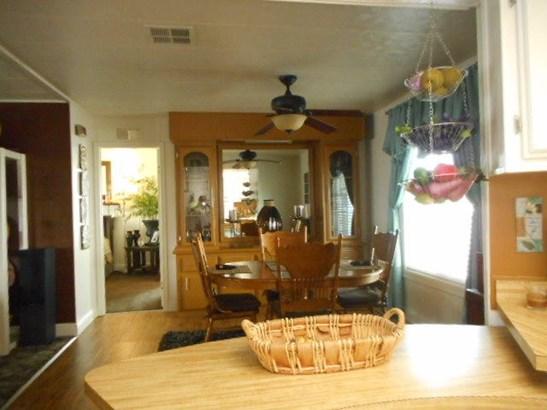 Mobile Home, Single - Redding, CA (photo 4)