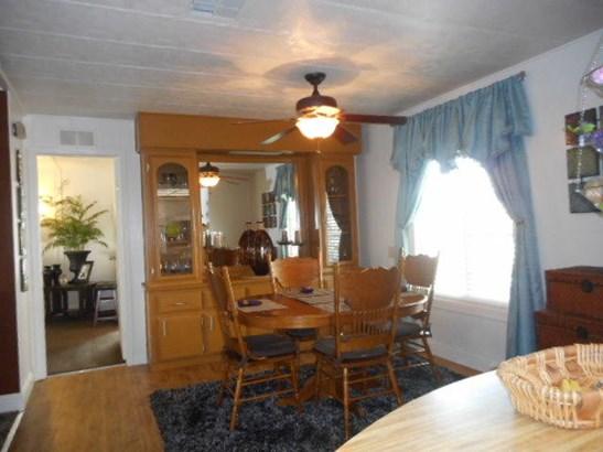 Mobile Home, Single - Redding, CA (photo 5)