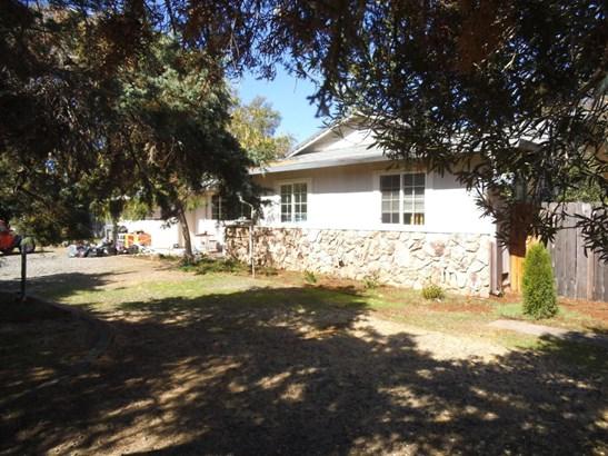 Contemporary, Single Family - Palo Cedro, CA (photo 1)