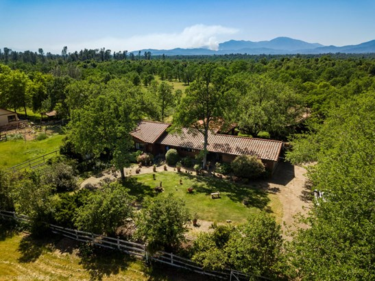Ranch, Single Family - Redding, CA (photo 1)