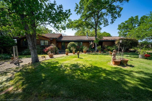 Ranch, Single Family - Redding, CA (photo 2)