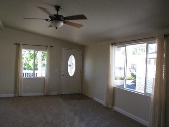 Mobile Home, Double - Redding, CA (photo 5)