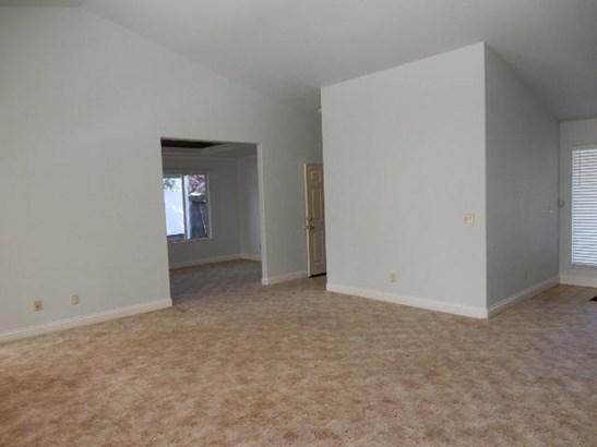 Contemporary, Single Family - Redding, CA (photo 3)