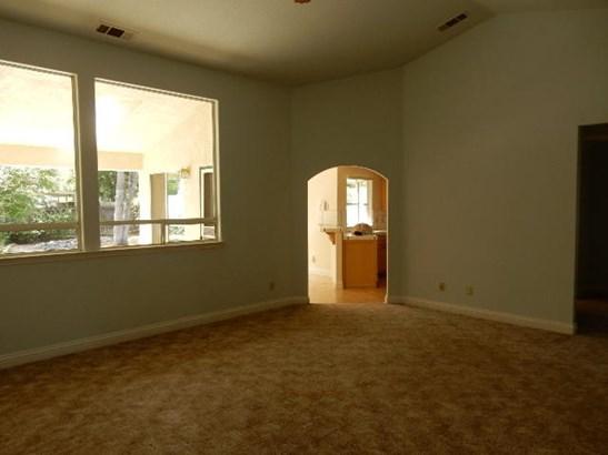 Contemporary, Single Family - Redding, CA (photo 4)