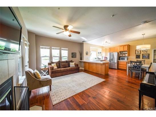 Condominium - Templeton, CA