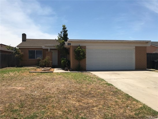 Single Family Residence - Santa Maria, CA