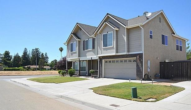 6540 E Liberty Avenue, Fresno, CA - USA (photo 3)
