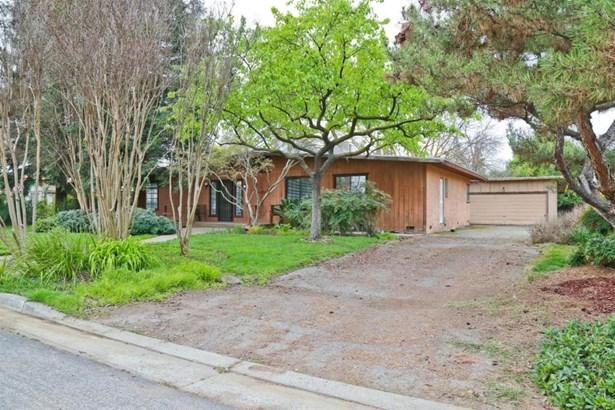 240 S Caesar Avenue, Fresno, CA - USA (photo 2)