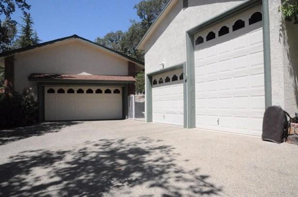 43135 Deer Trail Court, Coarsegold, CA - USA (photo 2)