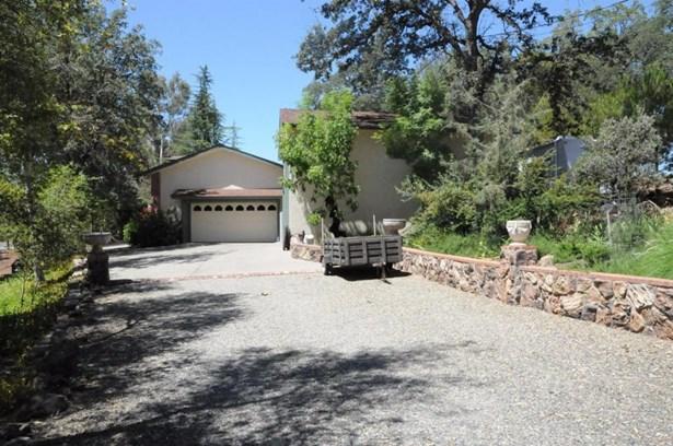 43135 Deer Trail Court, Coarsegold, CA - USA (photo 3)